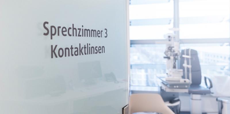 Flughafen Praxis Sprechzeiten Behandlungszimmer