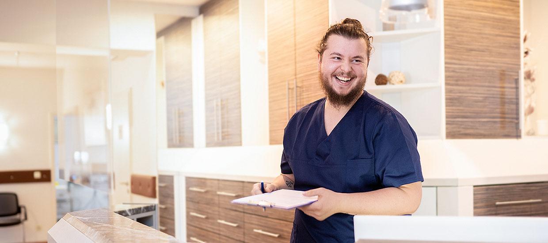 Medizinisches Personal in der Augenpraxis Markt Schwaben