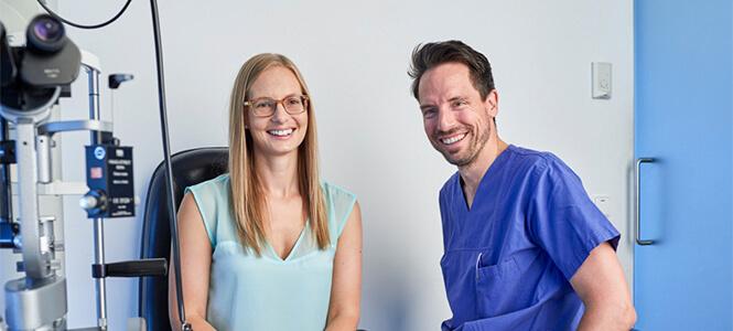 Linsenimplantation Voruntersuchung mit Dr Bechmann Smile Eyes